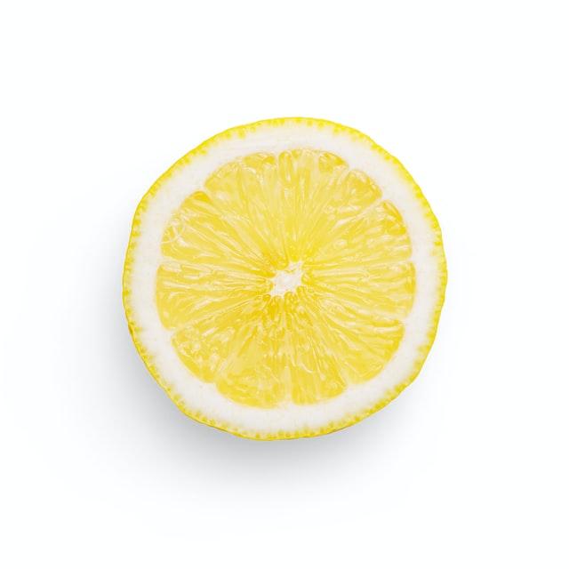 Lemon juice to remove denture stains